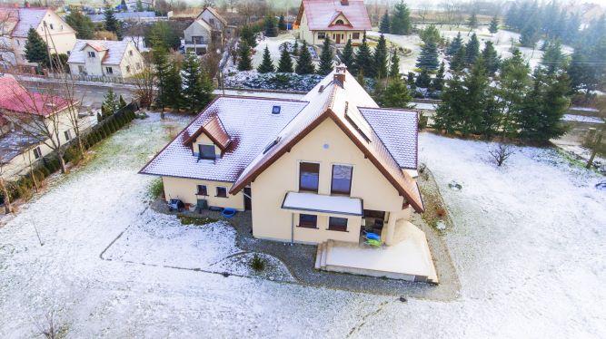 Oferuję piękny dom o powierzchni 280m2